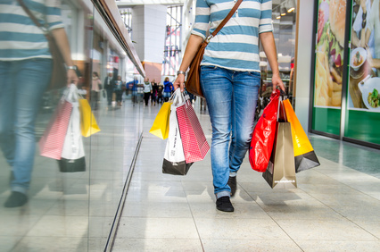 When Is It Cheaper to Shop at the Mall?