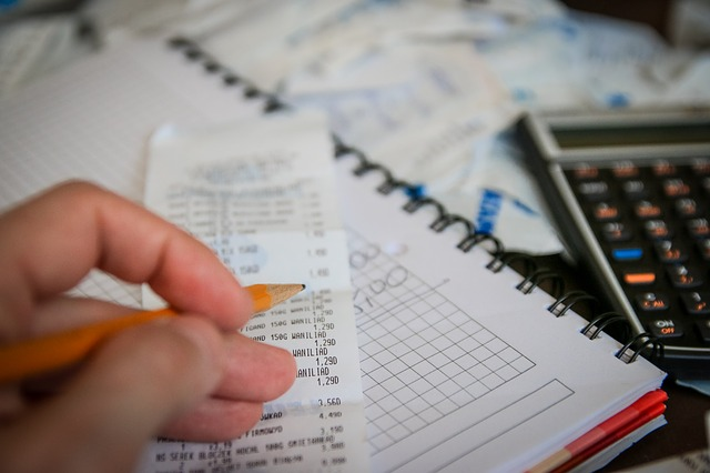 Get Prepared For Tax Season With This Simple Checklist