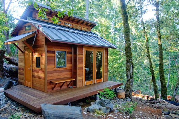 5 Undeniable Benefits To Living In A Small Home