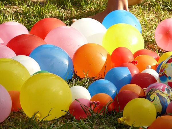 Quick Fill Water Balloon Comparison: Bunch Of Balloons vs. Balloon Bonanza