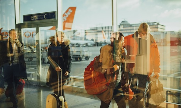 Holiday Flights: Ways to Save from Booking to Landing