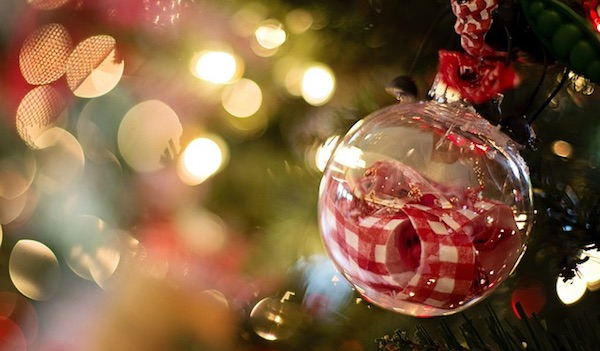 Deck Your Halls with These Free and Inexpensive Ideas